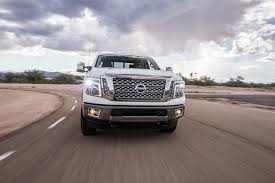 nissan titan xd platinum reserve nissan titan xd 2017 motor trend truck of the year contender