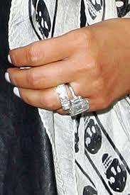 Kim K Wedding Ring by Kim Kardashian Photos Photos Kim Kardashian Wearing Her Rings