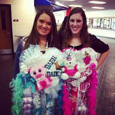 for homecoming 12 things non texans need to about homecoming mums