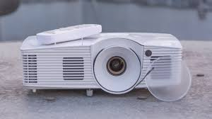 Projector In Bedroom Best Projectors Of 2017 The Best 1080p And 4k Ready Projectors