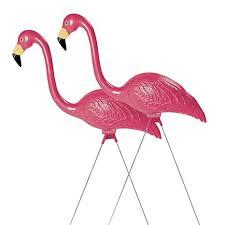 pink flamingo lawn ornaments amazon com sculptural gardens pink flamingo lawn ornament pair