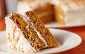 how many calories are there in a slice of carrot cake