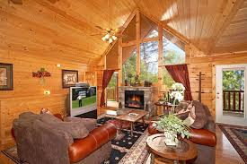 Big Game Room - game room tub sauna 1 mile to dollywood homeaway