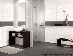 tapeten fã r badezimmer 35 best ideen für badezimmer braun beige images on