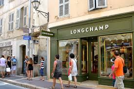 designer shops a guide to the luxury shops in st tropez