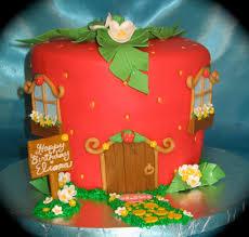 strawberry shortcake party ideas design dazzle