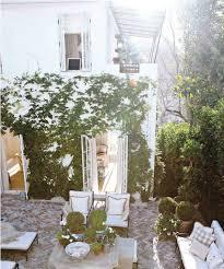 Urban Garden Room - 25 seriously jaw dropping urban gardens laurel home