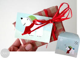Old Christmas Cards Crafts - 11 uses for old christmas cards c r a f t