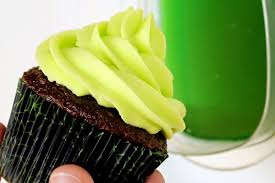 glow in the dark frosting is easy to make with tonic water the feast