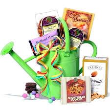 Gardening Basket Gift Ideas Gardener Gifts Garden Design With Gifts For Gardeners Gardening