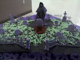 halloween cemetery cakes 45 best scary grooms cake images on pinterest halloween cakes