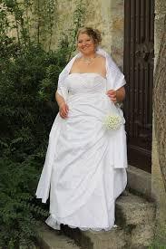 robe de mari e femme ronde mariée ronde et romantique laurine masset créations