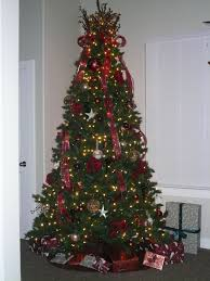 exquisite tips on decorating a christmas tree with white star also