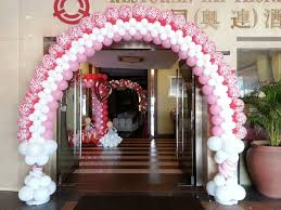 wedding arch balloons wedding balloon arches