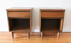 Small End Tables For Bedroom Bedroom Night Stand Oak Small Round Top Tables Furniture Tables