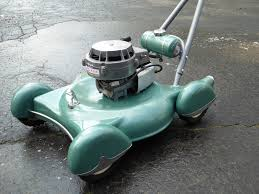 This Custom Built by This Custom Built Retro Lawnmower Will Make You Want To Do Yard