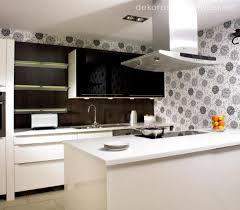 kitchen wallpaper backsplash kitchen akrilik mutfak tezgahi modern kitchen wallpaper ideas