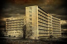 halloween city livonia michigan 13 eerie photos of the haunted northville psychiatric hospital