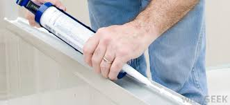 Silicone For Bathtub What Are The Best Tips For Caulking A Bathtub With Pictures