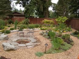 amazing garden and backyard decoration using cream pebble garden