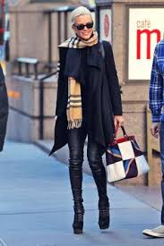 who dors yolanda fosters clothing like mother like daughter yolanda foster tries to keep up with her
