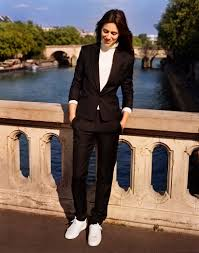 charlotte gainsbourg and daughter make it easy to dress like a