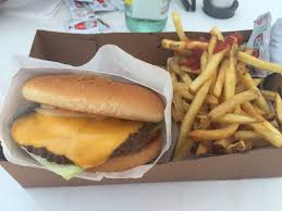 it u0027s a take out window battle socal burger versus backyard burger