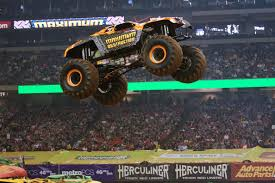 monster truck show metlife stadium maximum destruction monster jam truck monster trucks pinterest