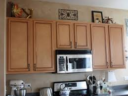 Under Cabinet Molding Laminate Wood Flooring L Shaped Island