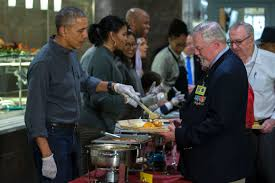 obama joins family to serve thanksgiving dinner