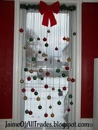 Christmas Window Cling Decorations by Homemade Window Cleaner 40 Diy Window Storage Seats And
