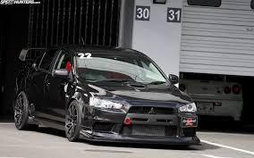 mitsubishi evo wallpaper car mitsubissshi evo wallpapers and images wallpapers pictures