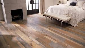 Armstrong Wood Laminate Flooring Mixed Species Vintage Revival Eaxwrm5l402x Hardwood