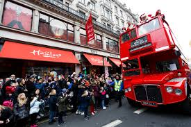 Giants Parade Route Map by When Is The Hamleys Christmas Toy Parade 2016 Date Times And