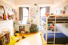 Kid S Bedroom by Small Space Living Tips For Kids Bedroom Love Taza