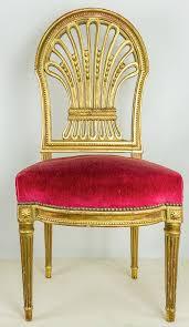 chaise dorée chaise dorée