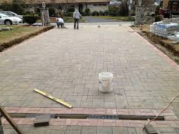 Stone Paver Patio Ideas by Easy Driveway Pavers Ideas