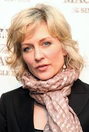 amy carlson hairstyles on blue bloods amy carlson photos photos albert watson toasts the opening of
