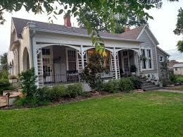 Magnolia Real Estate Waco Tx by 24 Best Waco Magnolia Market Visit Images On Pinterest Magnolia