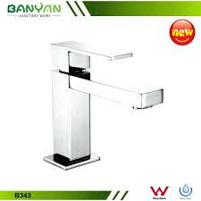 reach kitchen faucet faucet delta reach kitchen faucet giagni dolo kitchen