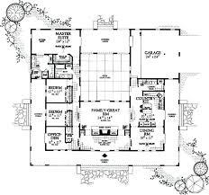 u shaped ranch house plans v shaped house plans v shaped house plans inspirational fancy