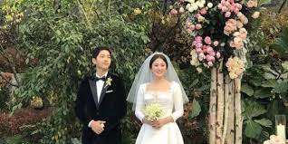 wedding dress song see bazaar s wedding dress picks for song hye kyo