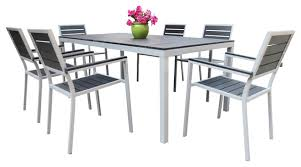 Wonderful Plastic Outdoor Dining Table Round Plastic Outdoor Table - 7 piece outdoor dining set with round table
