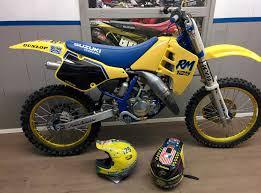 evo motocross bikes raceservice suzuki rm 125 1990 evo raceservice u0027s bike check