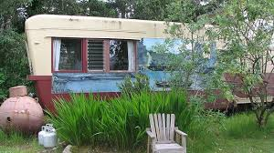 146 best small homes houseboats images vintage home painting ideas