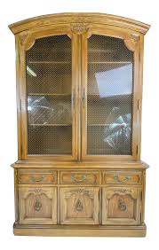 thomasville glass kitchen cabinets 1960s thomasville provincial china cabinet