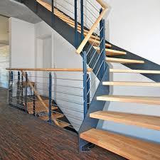 holz fã r treppen holztreppen modernisieren bucher treppen das original