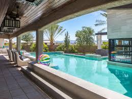 property brothers u0027 backyard patio u0026 swimming pool hgtv ideas