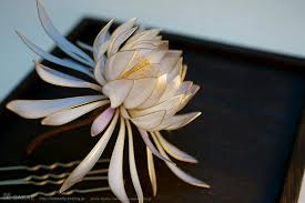 exquisite floral hair ornaments handcrafted from resin by sakae