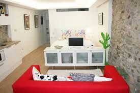 Small Apartment Design Ideas With Very Small Studio Apartment - Small studio apartment design ideas